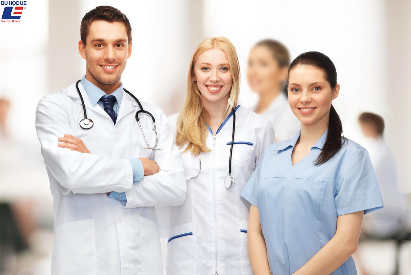 Hệ thống chăm sóc sức khỏe NHS 1