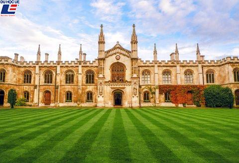 10 trường có lịch sử lâu đời nhất thế giới 5