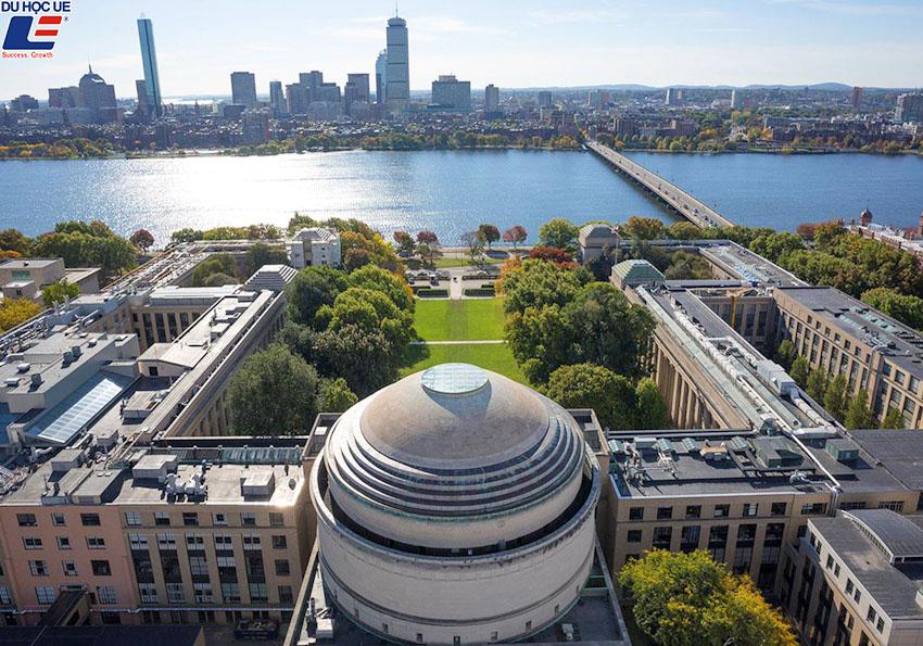 4 Trường Đại học Mỹ đứng đầu thế giới về tỷ lệ sinh viên có việc làm 3