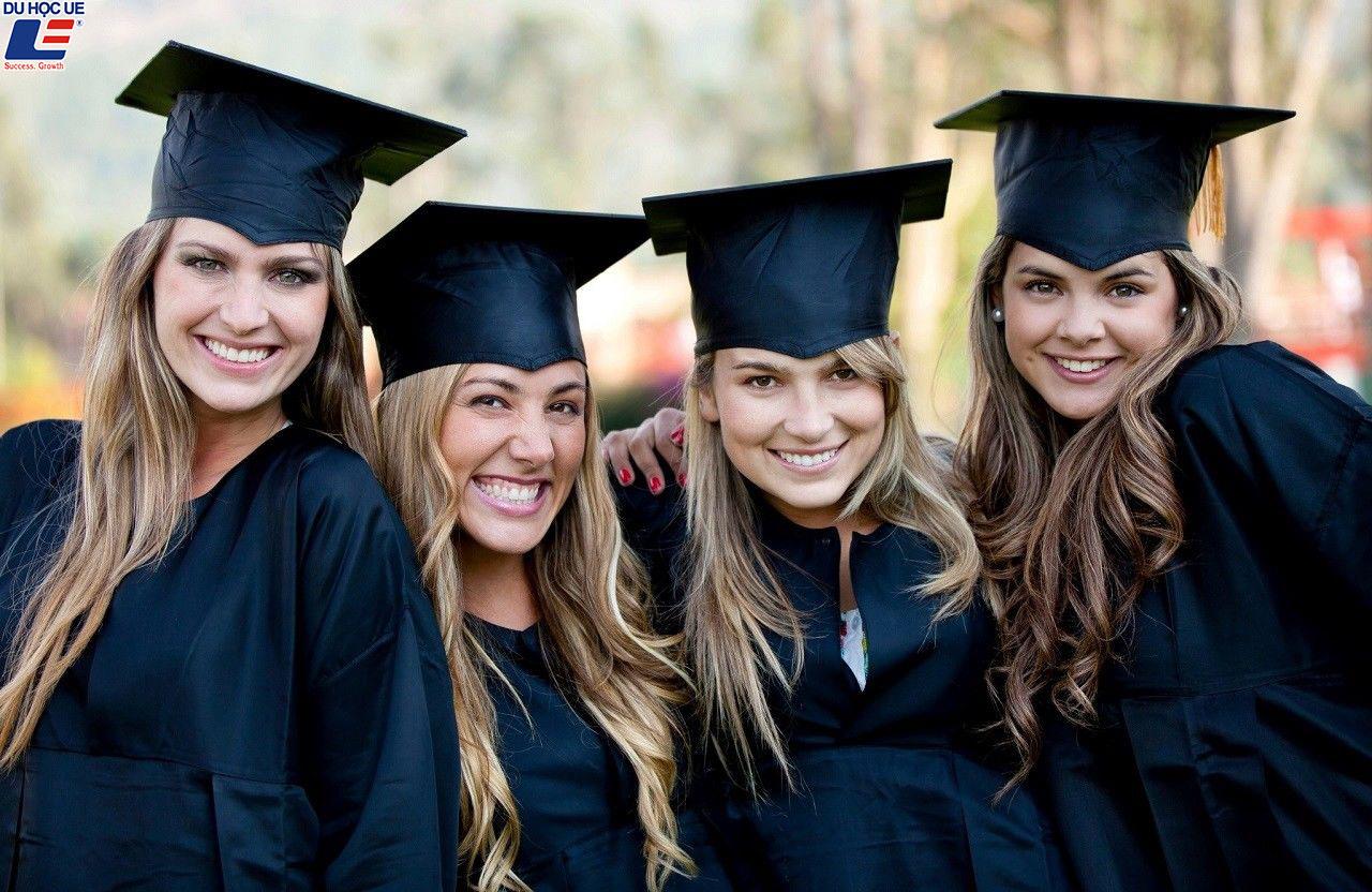 7 địa chỉ quen thuộc để truy tìm học bổng