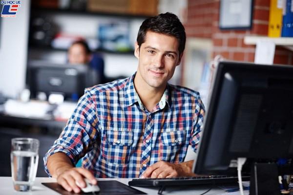 Các ngành nghề có mức lương cao và phổ biến nhất ở Canada 2