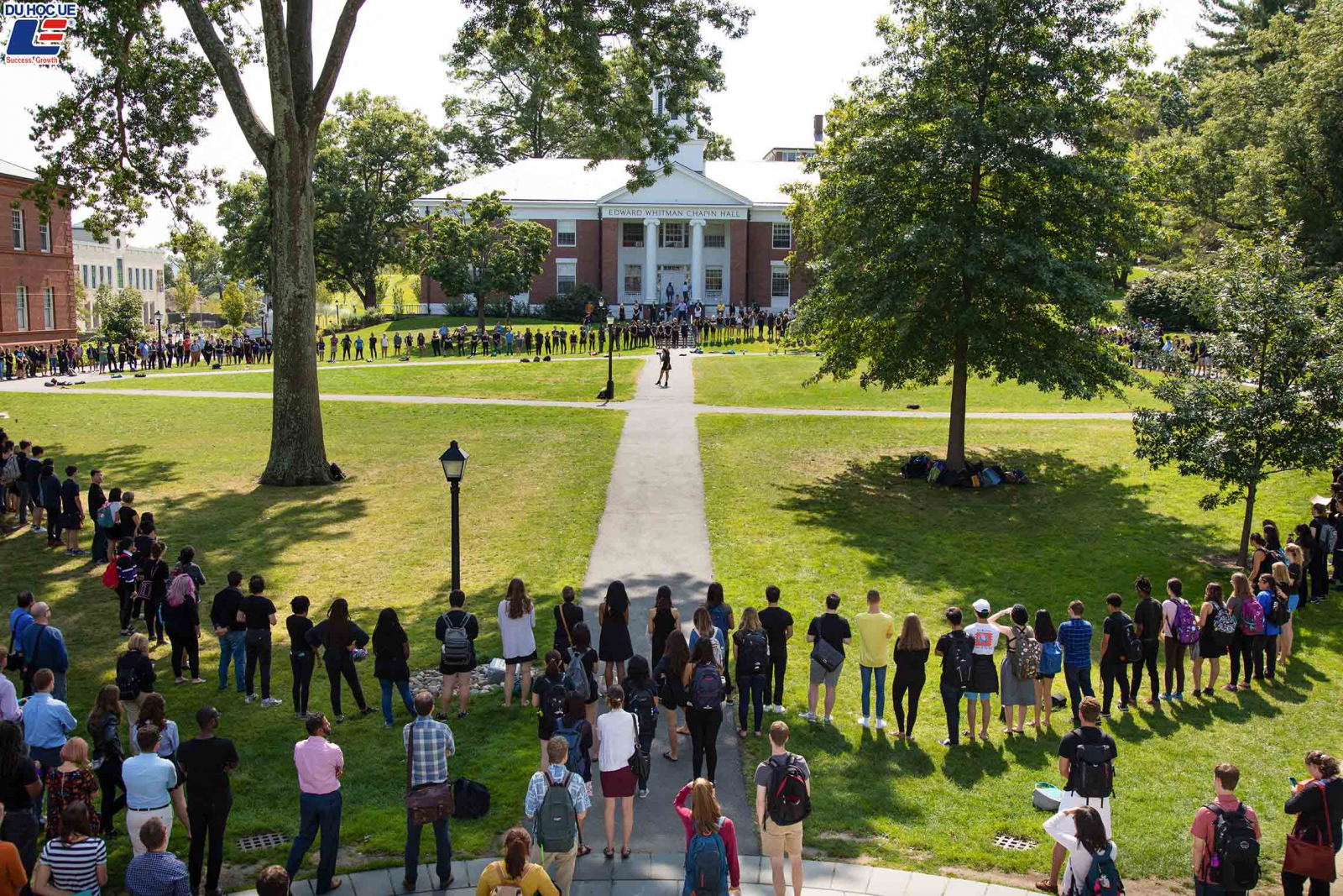 Cơ hội đặt chân đến Mỹ bằng học bổng toàn phần tại Amherst College
