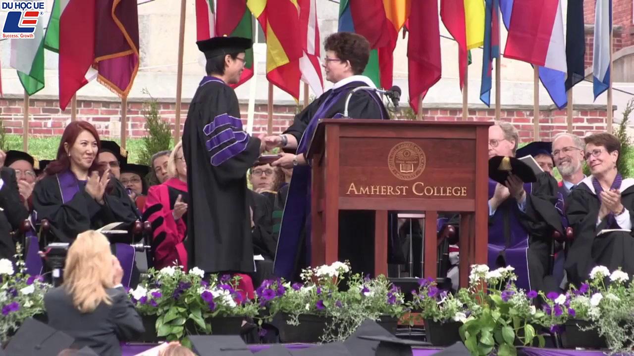Cơ hội đặt chân đến Mỹ bằng học bổng toàn phần tại Amherst College 4