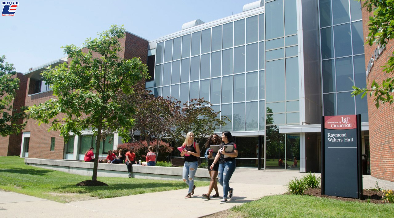 Cơ hội học bổng lên đến $25.000 tại đại học lớn thứ 2 bang Ohio