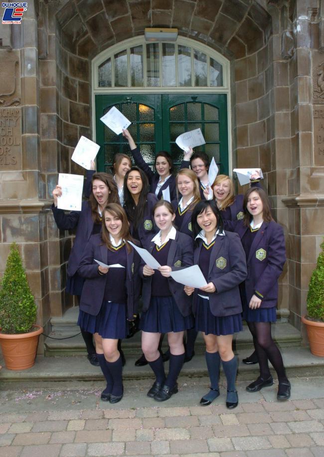 cong-bo-hoc-bong-du-hoc-new-zealand-2020-tu-truong-auckland-girls-grammar-school-aggs 2
