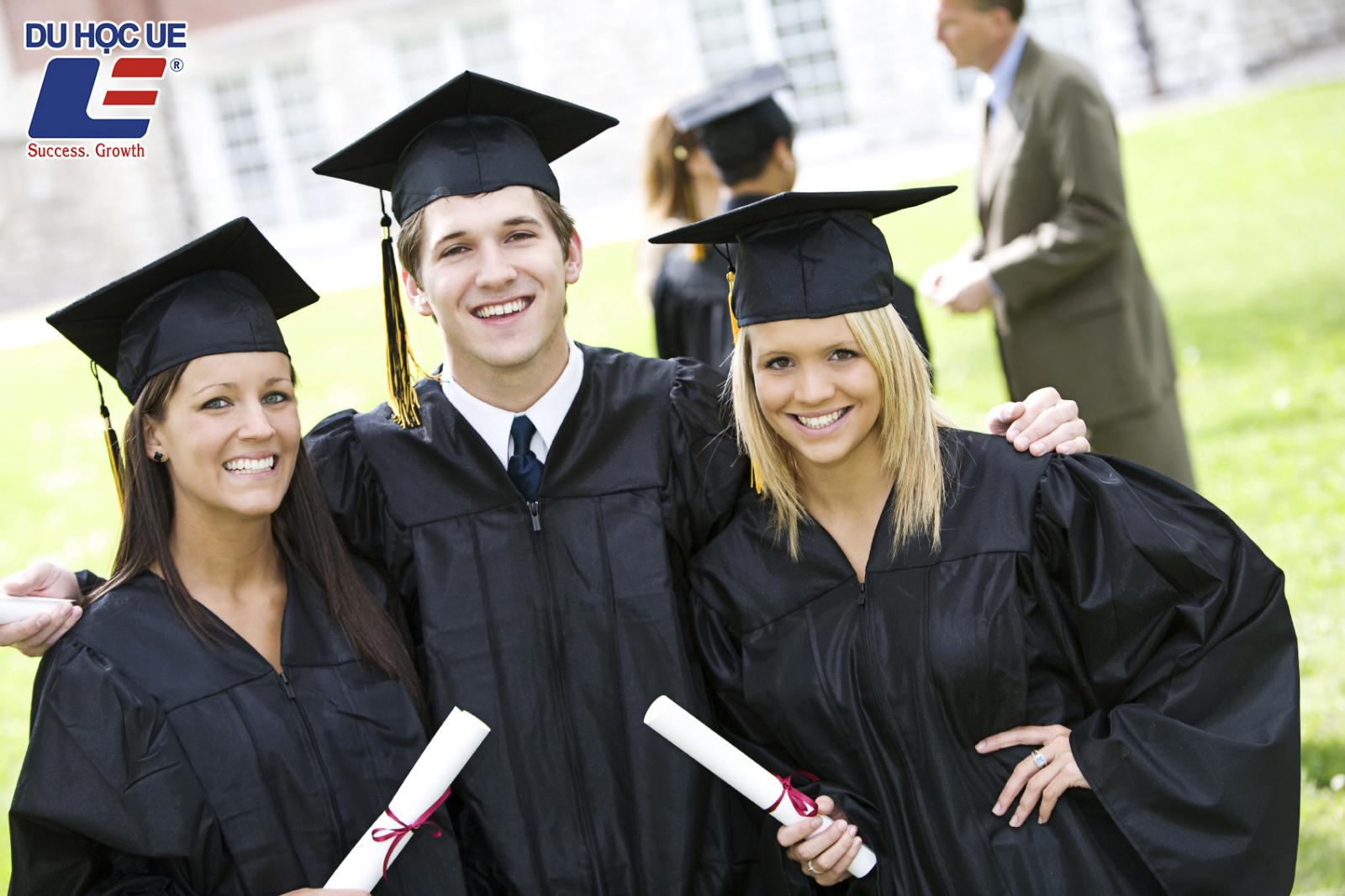 Du học Anh hiện nay tốn bao nhiêu tiền?