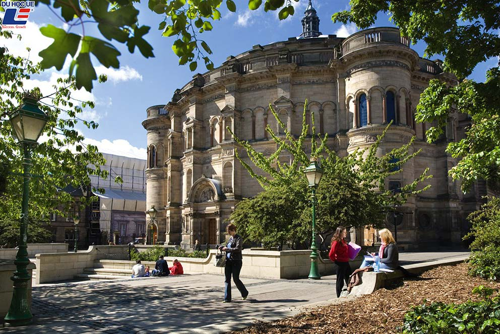 Đại học Edinburgh, The University of Edinburgh 2