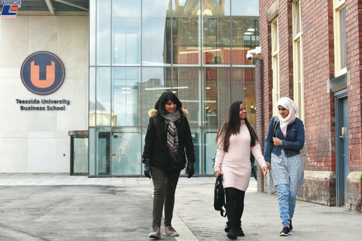 Du học Anh 2019 - Trường Kinh doanh, Đại học Teesside 2