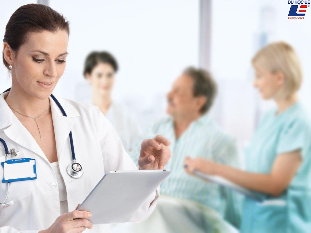 Hệ thống chăm sóc sức khỏe NHS 2