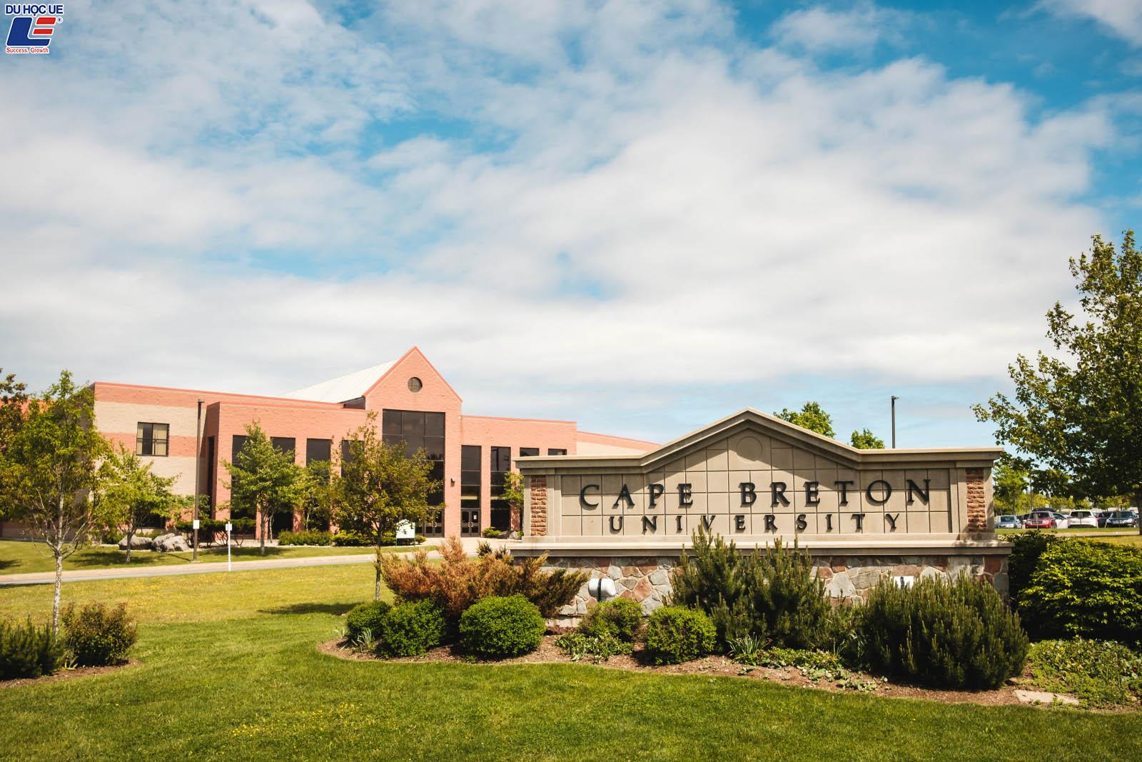 Du học học bổng trường Cape Breton University tại đảo Cape Breton bình yên, Canada 2