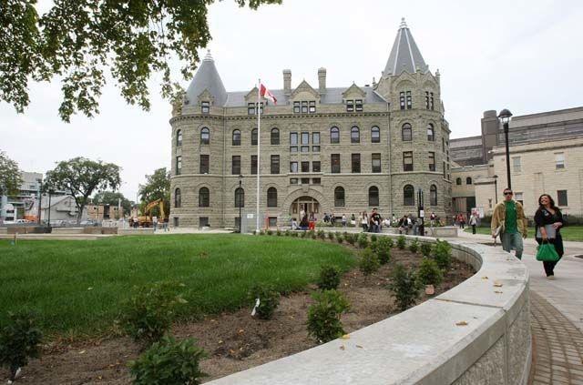Học bổng của Hiệu trưởng đại học Winnipeg, Canada dành cho sinh viên quốc tế năm 2017