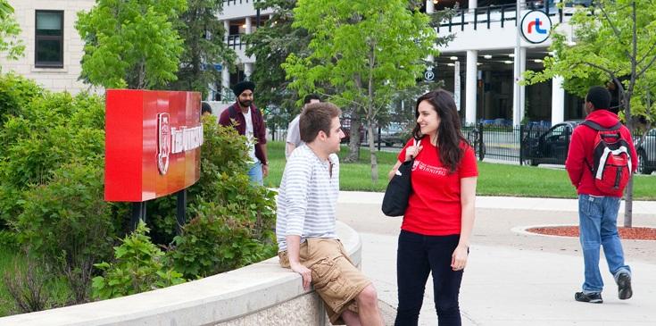 Học bổng dành cho sinh viên quốc tế của University of Winnipeg 2017