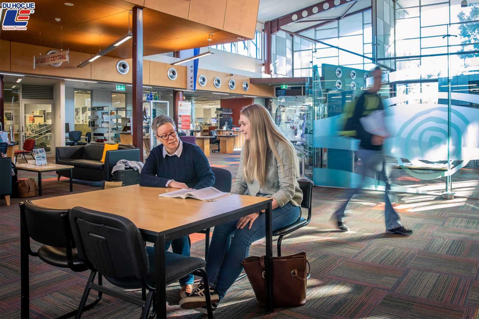 """Học bổng Charles Sturt University (CSU) - """"Ai cũng xứng đáng được tiếp cận với nền giáo dục đại học"""" 3"""