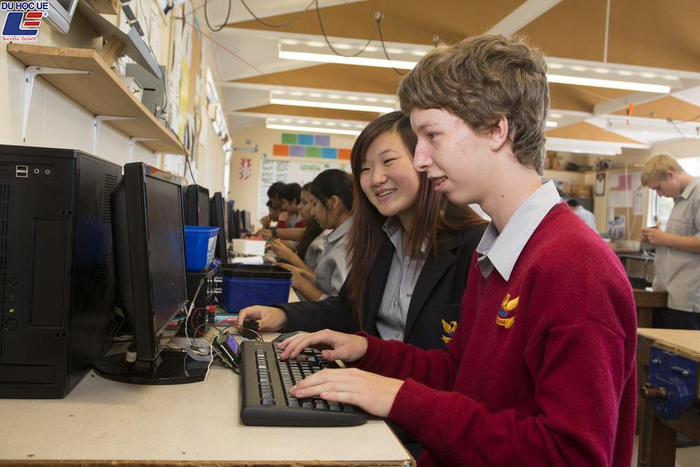Học bổng du học New Zealand 2019 cùng trường trung học Mount Roskill Grammar School 3