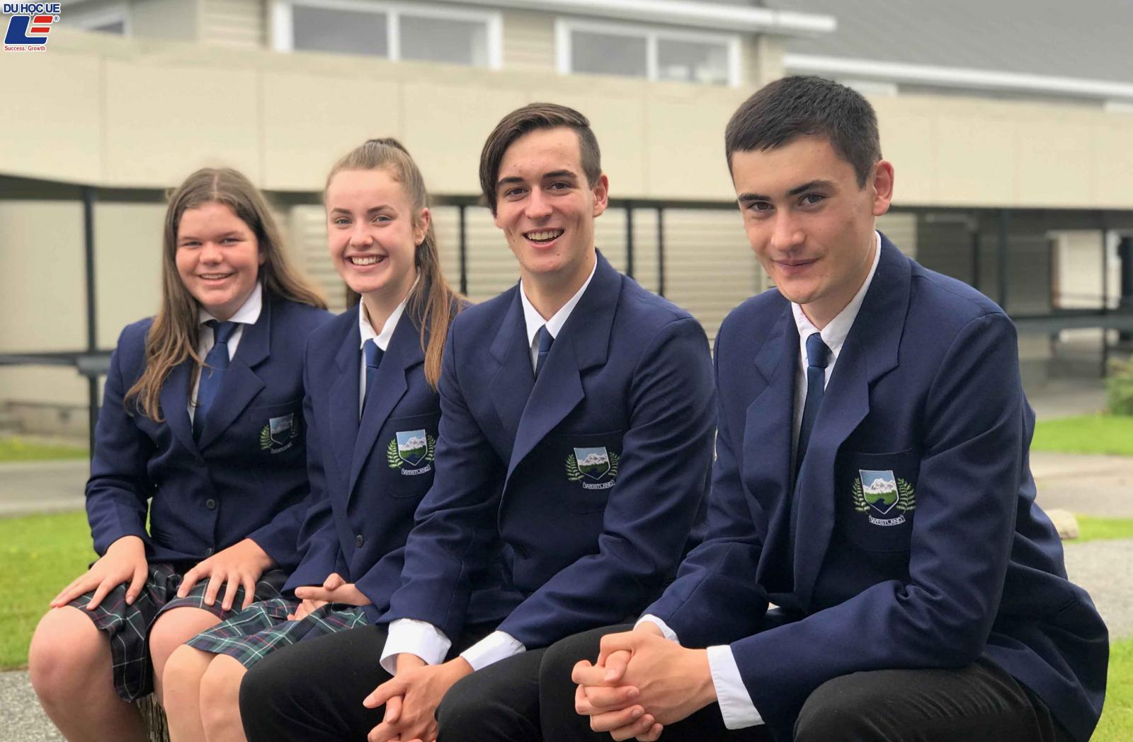 Học bổng du học New Zealand niên khóa 2020 từ trường trung học Westland High School