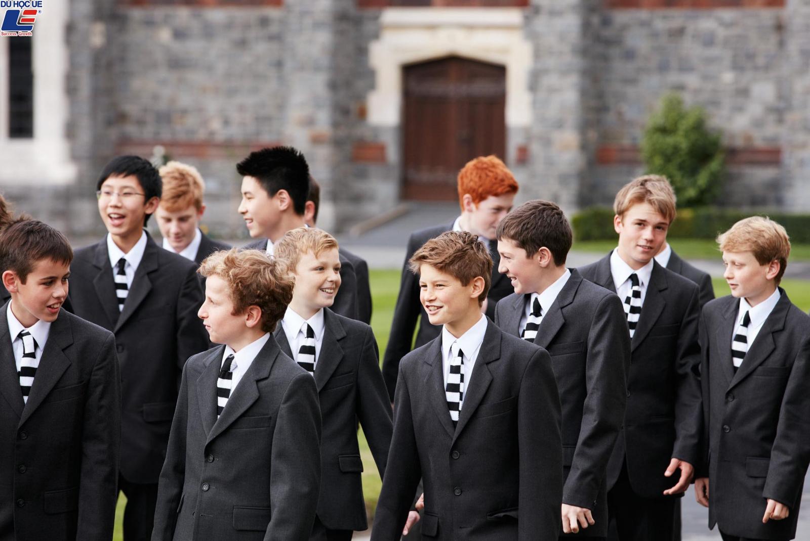 Học bổng hấp dẫn của chính phủ New Zealand dành cho chương trình trung học phổ thông vào trường Christ's College 2