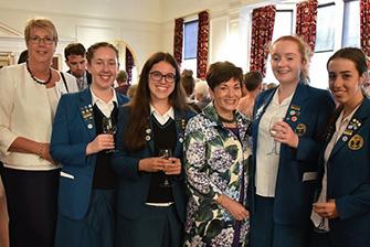 Học bổng hấp dẫn của chính phủ New Zealand dành cho chương trình trung học phổ thông vào trường Wellington Girls' College