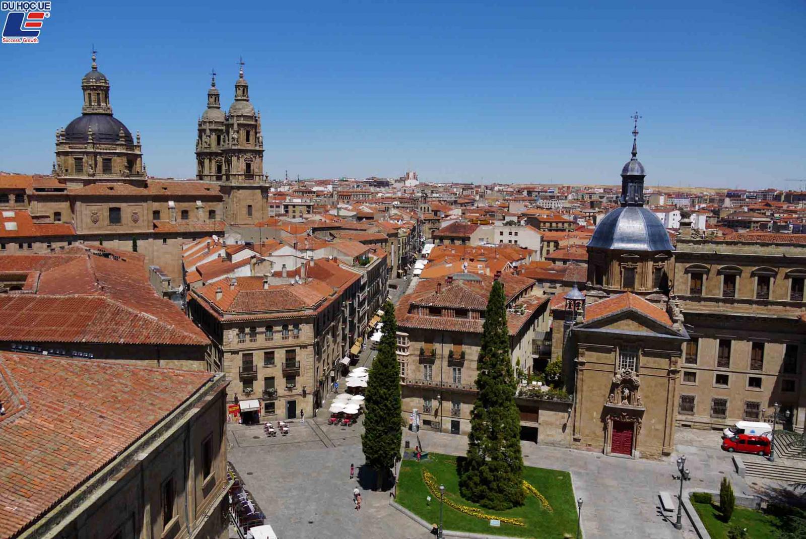 10 trường đại học tráng lệ nhất châu Âu 2