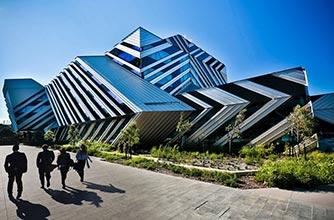 Một số chương trình học bổng hấp dẫn dành riêng cho sinh viên quốc tế của Đại học Monash, Úc