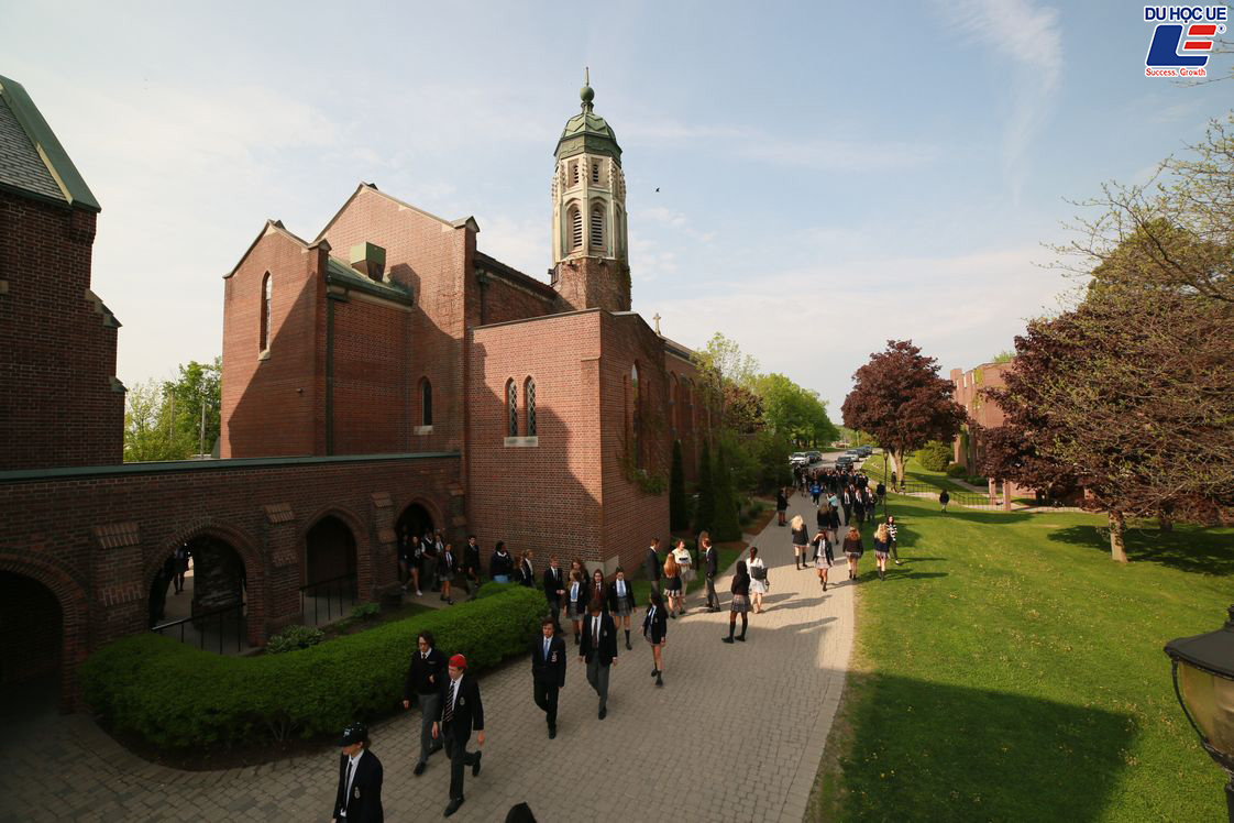 Nhận ngay học bổng lên đến $27.000 mỗi năm từ trường đại học 150 tuổi 4