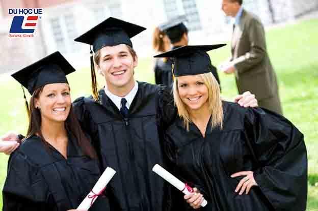 Phân biệt Diploma, Certificate và Degree 3