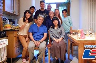 """(Nhật kí của du học sinh từ Houston, Mỹ) - Phân biệt """"Homestay với Host family"""" và chi phí thuê phòng tại Mỹ"""