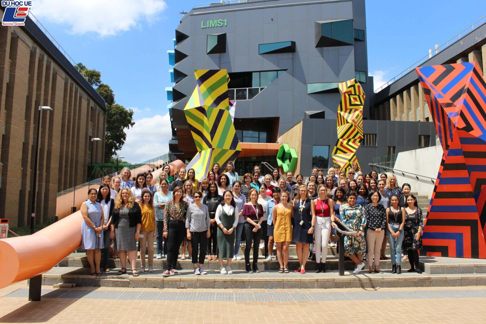 Săn học bổng hấp dẫn tại La Trobe University Australia - Ngôi trường đào tạo giáo dục top 1.1% thế giới tại Úc