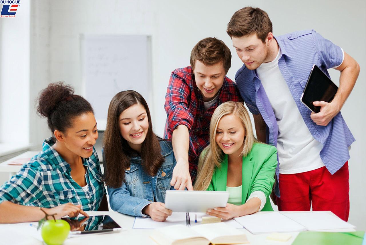 Tại sao các trường đại học châu Âu luôn dẫn đầu trong kỷ nguyên mới? 2