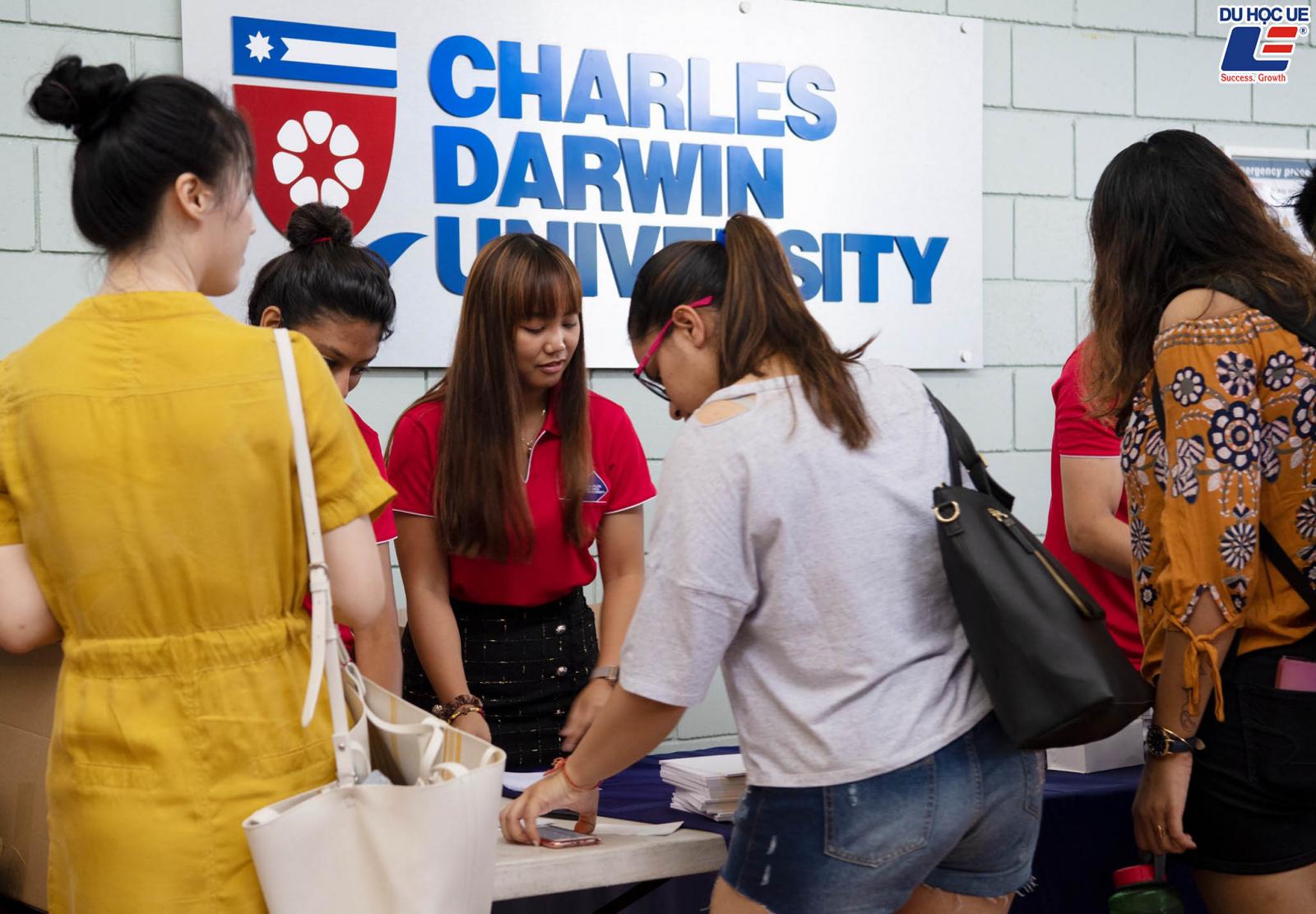 Thiên đường học bổng lên đến 100% dễ dàng tại Charlles Darwin University 2