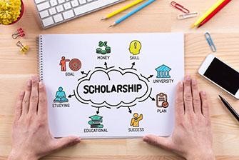 Top 9 học bổng tư nhân ở trường trung học phổ thông Mỹ