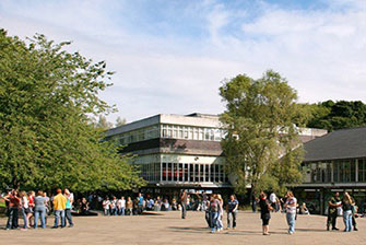 Học bổng Anh trị giá £3.000 dành cho sinh viên quốc tế sau đại học tại trường Keele University