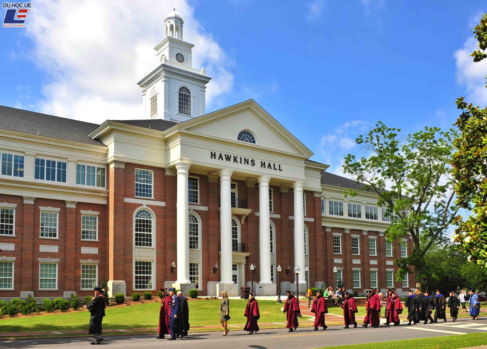 Troy University - Điểm bắt đầu của hành trình chạm đến ước mơ 2