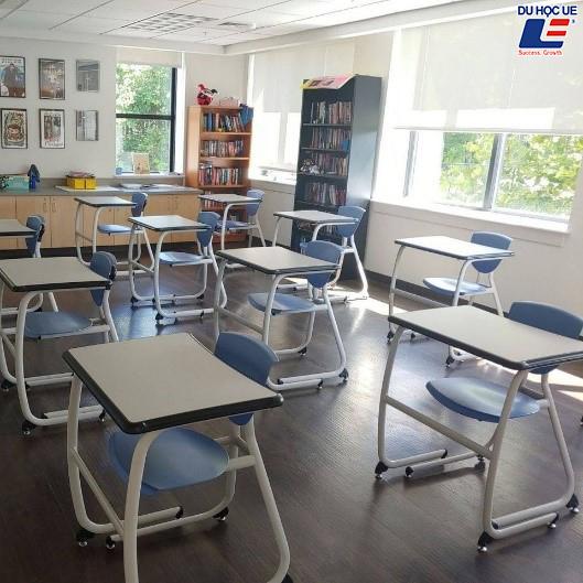 Trường trung học Mỹ ứng phó với Covid như thế nào? 3