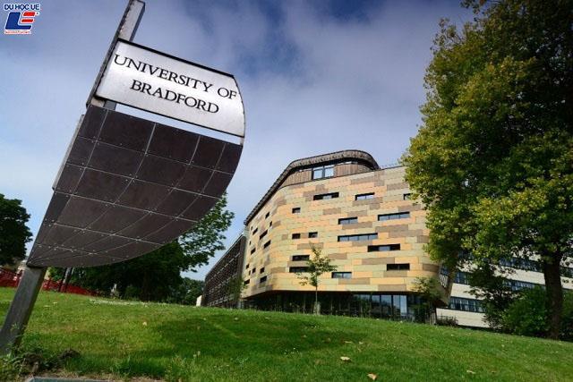 University of Bradford, Đại học Bradford 1
