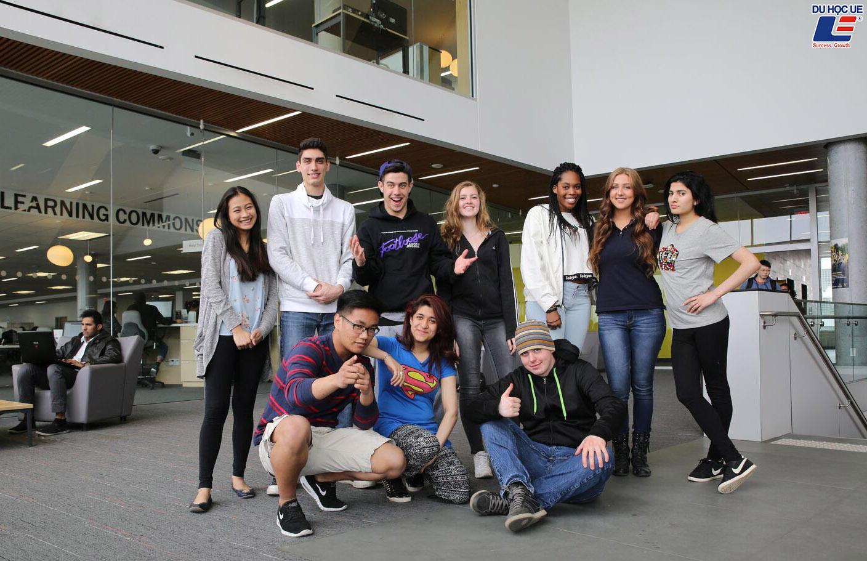 Vô vàn các suất học bổng hấp dẫn và phần thưởng dành cho sinh viên đăng ký tuyển sinh vào Humber College năm học 2020 - 2021 3