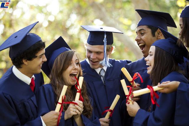 Vương quốc Anh tăng thời gian gia hạn visa cho sinh viên quốc tế 3