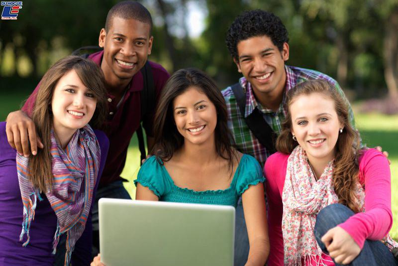 Vương quốc Anh tăng thời gian gia hạn visa cho sinh viên quốc tế 2