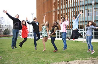 Study in the Netherlands with UE, you will receive many valuable scholarships