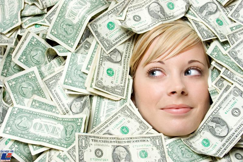 Kiếm nhiều tiền sau tốt nghiệp nếu du học Anh