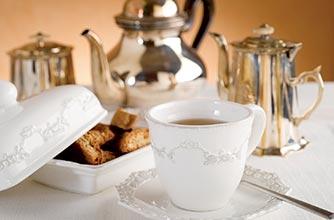 Phong tục uống trà của người Anh